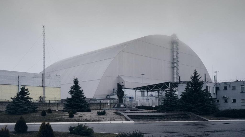 Jak zdemontowano rurę wentylacyjną w elektrowni jądrowej w Czarnobylu