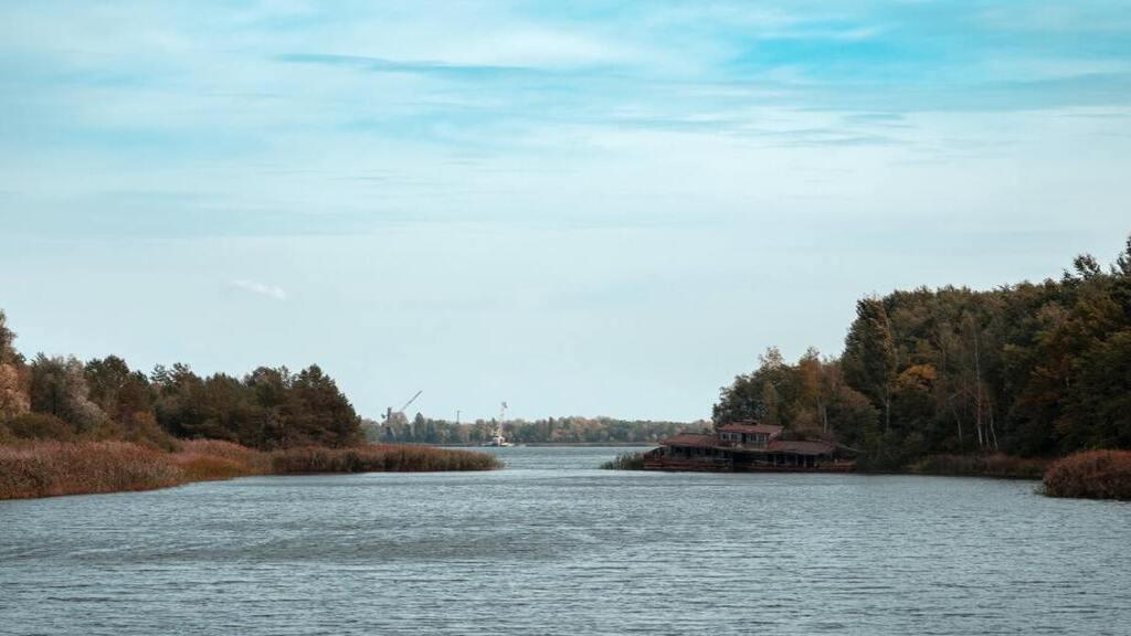 Rozlewisko w Czarnobylu - cmentarz statków w Czarnobylu